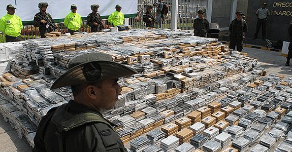 Imágenes de la incautación de 7 toneladas de cocaína del sábado pasado. Foto: AP
