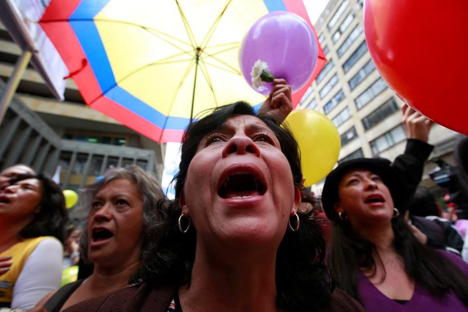 Veel emotie bij Colombianen na ondertekening van vredesakkoord