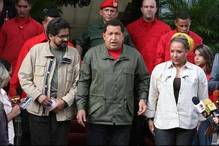 President Chávez zou een standbeeld moeten krijgen in Colombia