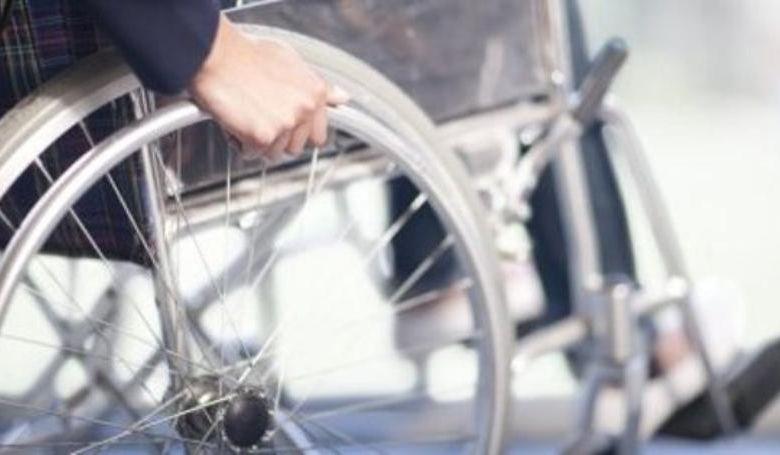 81-jarige-vrouw-Medellin-smokkelt-coke-in-rolstoel